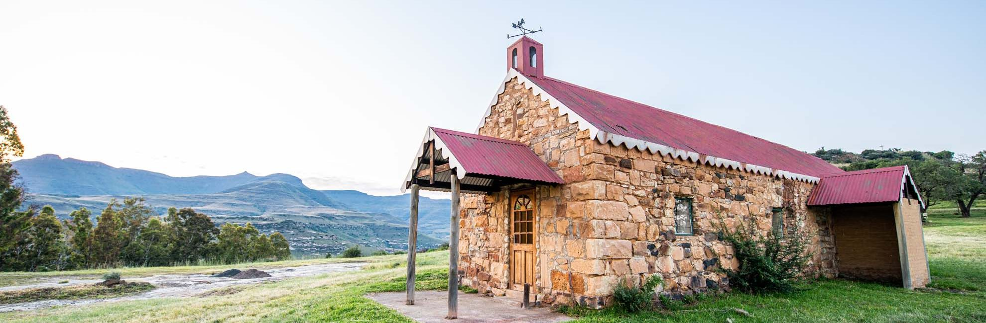 Bokpoort Mountain Lodge can be exclusively yours for up to 26 people